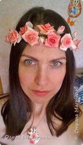 Венок для невесты из холодного фарфора. В составе 9 роз и 6 бутонов. фото 4