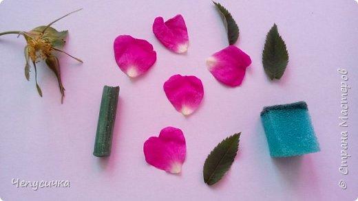 Весна и лето- лучшее время для подготовки выкроек цветочков, листочков и дт. Замучилась я рисовать, подбирать по размеру готовые выкройки мастеров, решила подготовиться за это прекрасное время года основательно! Может кому пригодится идейка! фото 2