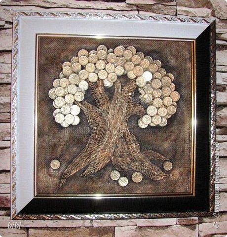 Первое денежное дерево делала по мастер-классу http://stranamasterov.ru/node/578436 . Только не на мешковине, а на канве.  фото 1