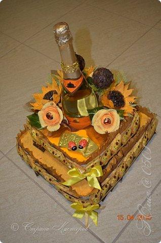 Доброго времени суток! Этот тортик делался на юбилей  одной очень хорошей даме. фото 1