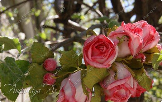 Всем здравствуйте!!! Еще один ободок для моей девочки. На этот раз с розами.Хотела сделать бутоны, но получилось....то,что получилось))) фото 4