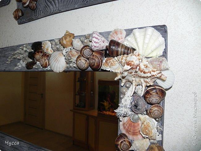 Доброго времени суток соседи! Добралась и до холла...Пустовала у меня стена напротив рыбьего дома (аквариума) и мне очень хотелось чтобы ентот самый аквариум отражался в зеркале...Захотелось - сделала.. Да и ещё никакие цветы в холле не растут - света не хватает и придумались  панно со стабилизированным мхом. Дальше немного расскажу как что делала. фото 11