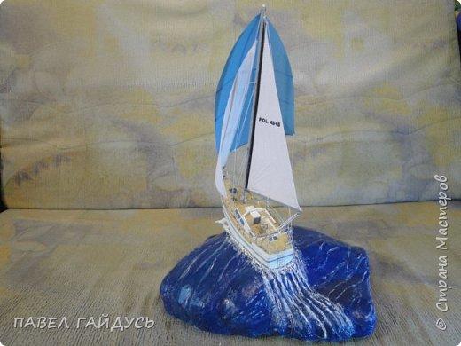 Яхта на волне. фото 4