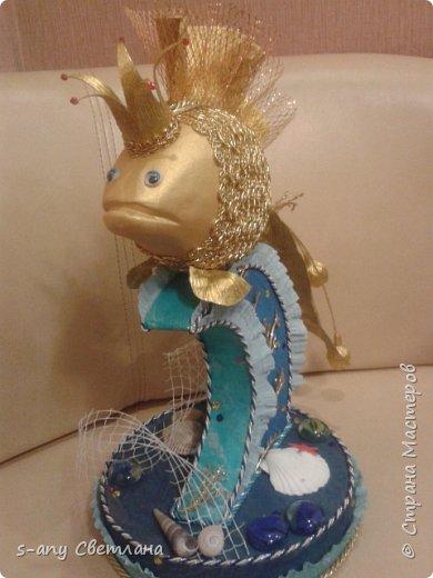 золотая рыбка- пожеланием  было меньше конфет, потому что ехала она к хозяйке  далеко  фото 1