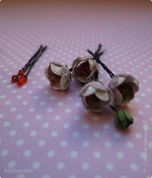Наконец-то мои руки дошли до попытки сделать миниатюрные цветочки из вырубных элементов. фото 7