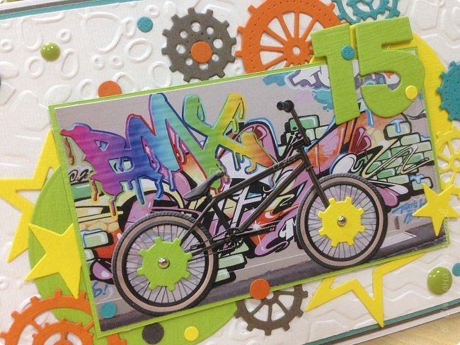 Вот такая яркая открытка для мальчишки на День рождения, который увлекается BMX фото 2