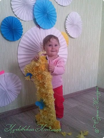 Вот нашей доченьки и годик!!! Сделала несложный декор для украшения комнаты и наряд. фото 8