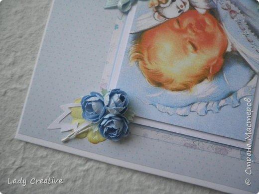"""Вот такая у меня получилась открытка - поздравление молодым родителям с рождением первенца. Малыш оказался непоседливым и появился раньше ожидаемой даты, поэтому открытку пришлось делать в срочном порядке. """"Изобретать свой велосипед"""" времени не было, поэтому моя открытка - лифтинг замечательной работы Кобяшовой Юли (http://stranamasterov.ru/node/866251?c=favorite).     фото 4"""