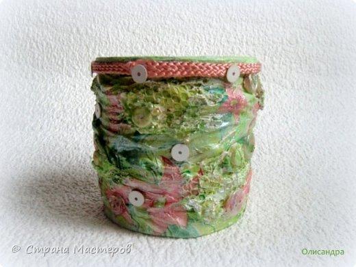 Предыдущие органайзеры и карандашницы... https://stranamasterov.ru/node/221855?t=292 *********************************************** Приветствую вас, дорогие друзья! В Питере тепло и солнечно. Листики на деревьях распустились, а цвет цвет молодой листвы - это чудо, поэтому выбирая палитру для очередной баночки-органайзера  остановилась на салатовой салфетке. фото 3
