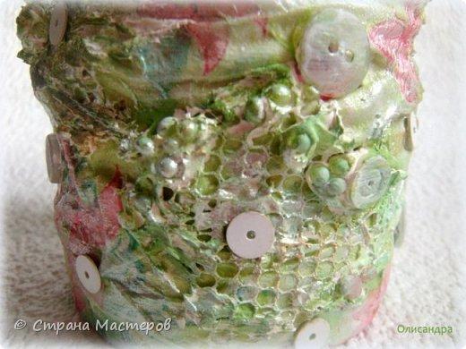 Предыдущие органайзеры и карандашницы... http://stranamasterov.ru/node/221855?t=292 *********************************************** Приветствую вас, дорогие друзья! В Питере тепло и солнечно. Листики на деревьях распустились, а цвет цвет молодой листвы - это чудо, поэтому выбирая палитру для очередной баночки-органайзера  остановилась на салатовой салфетке. фото 9