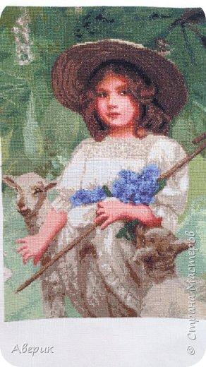 Знакомьтесь!  Это Пастушка .Вышита в технике полный крест по картине известного а свое время английского художника Артура Джона Элсли. А известен он  был именно тем, что изображал на своих полотнах детей и животных.  фото 1