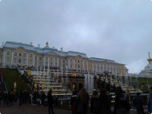 До чего же красиво в Петергофе!  Золотой Каскад. Самый большой из всех каскадов. фото 1