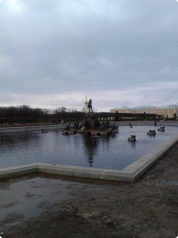 До чего же красиво в Петергофе!  Золотой Каскад. Самый большой из всех каскадов. фото 10