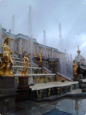 До чего же красиво в Петергофе!  Золотой Каскад. Самый большой из всех каскадов. фото 2