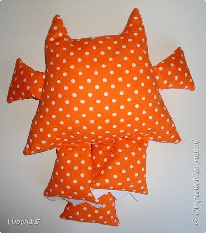 Здравствуйте, жители страны мастеров. Не судите строго:) это мои первые подушки-котэ... фото 3