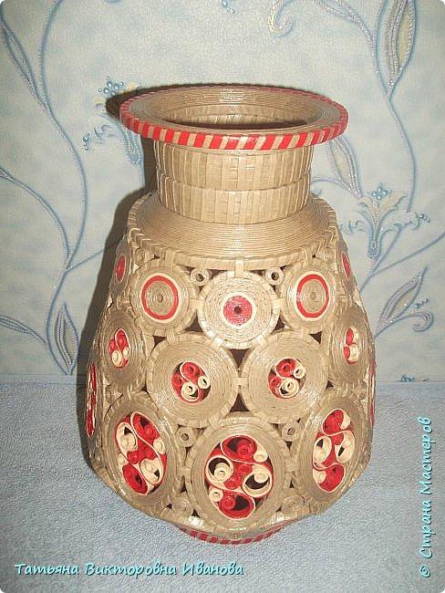 """Здравствуйте жители нашей замечательной страны!  Вновь я подготовила для вас новую коллекцию вазочек, выполненных в технике """"Бумажная филигрань"""". Приятного вам просмотра! фото 1"""