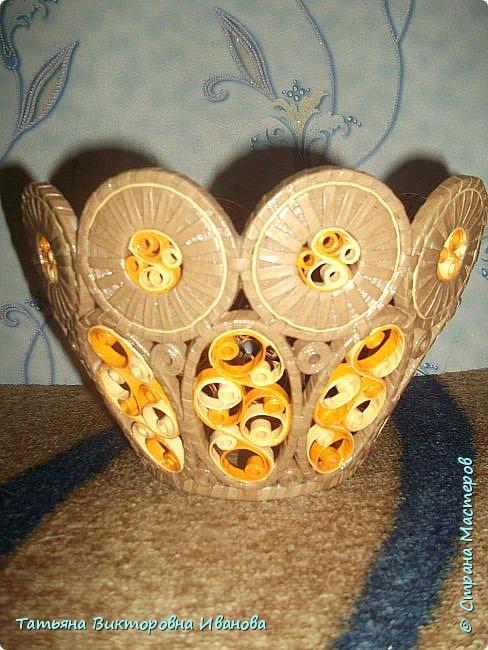 """Здравствуйте жители нашей замечательной страны!  Вновь я подготовила для вас новую коллекцию вазочек, выполненных в технике """"Бумажная филигрань"""". Приятного вам просмотра! фото 11"""