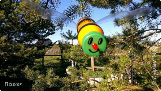 Добрый вечер, дорогая Страна!!! Наступил садово-огородный сезон.И все другие дела пока отошли на второй план.Сегодня в моём саду поселились не только морковка,картошка и лук,но и вот такой солнечный яркий домик с веселыми жителями-пчелками.Вдохновила на это изделие меня  Ledy_777 http://stranamasterov.ru/node/921338.(не умею делать ссылки,если что не правильно делаю-поправьте пожалуйста) Спасибо ей огромное! фото 2