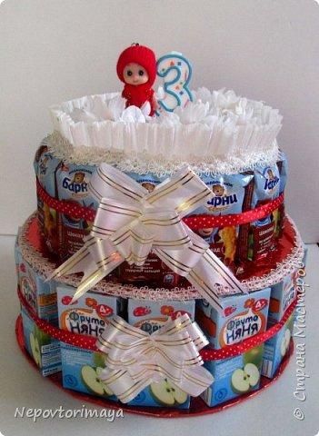 25 марта доченьке исполнилось 3 годика, в связи с этим родилось такое угощение в садик.Внутри жестяная коробка с Барни. фото 3
