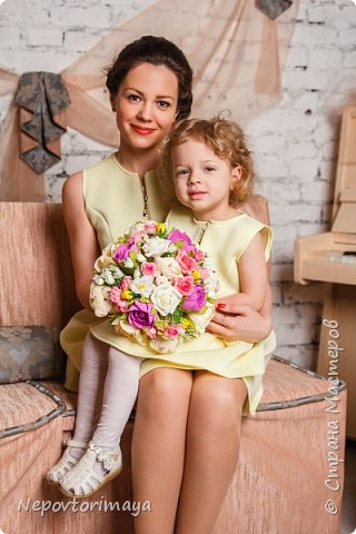 25 марта доченьке исполнилось 3 годика, в связи с этим родилось такое угощение в садик.Внутри жестяная коробка с Барни. фото 13