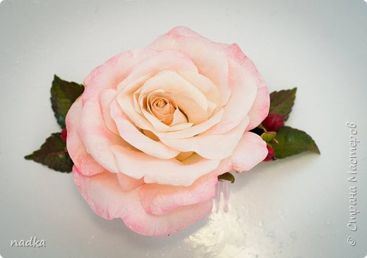 Гребень. Очередная попытка сделать розу, тяжело они мне даются :) фото 2