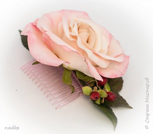 Гребень. Очередная попытка сделать розу, тяжело они мне даются :) фото 4