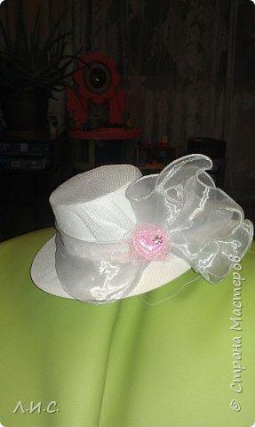 """Одна из наших """"детсадовских"""" поделок-шляпка из пластиковой баночки.. фото 1"""