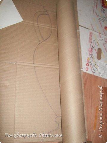 Ваза своими руками<br /><br /> Перед тем как изготовить вазу, я долго думала из чего же мне сделать сосуд, напоминающий древнегреческую амфору, и, остановилась на варианте изготовления вазы из картона в технике папье-маше. Здесь, я пошагово расскажу как я это делала и что получилось в итоге. фото 2