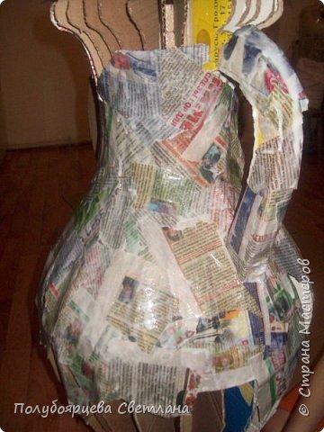 Перед тем как изготовить вазу, я долго думала из чего же мне сделать сосуд, напоминающий древнегреческую амфору, и, остановилась на варианте изготовления вазы из картона в технике папье-маше. Здесь, я пошагово расскажу как я это делала и что получилось в итоге. фото 6