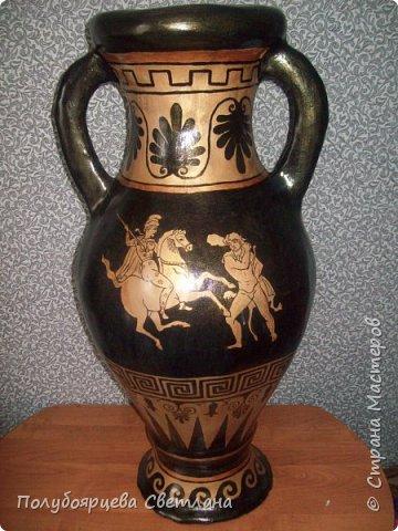 Перед тем как изготовить вазу, я долго думала из чего же мне сделать сосуд, напоминающий древнегреческую амфору, и, остановилась на варианте изготовления вазы из картона в технике папье-маше. Здесь, я пошагово расскажу как я это делала и что получилось в итоге. фото 13