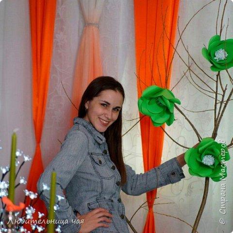 """Мои гиганты!))) В общем идея фотозон увлекла меня и затянула на проект """"Свадьба в подарок 2"""" где море творческих и позитивных людей! на финал проекта я сделала такие огромные яркие цветы, мои фантазийные маки, все с ними фотографировались, и всем очень-очень понравились!!! Это я: фото 8"""