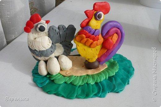 Вот такое Пасхальное яйцо сделали мы вместе с внучкой. Ей 9 лет, а полосочки она начала крутить с 5 лет. Захотела маме на Пасху сделать подарок. Вот на зимних каникулах мы начали его делать, а закончили 15 апреля. фото 18