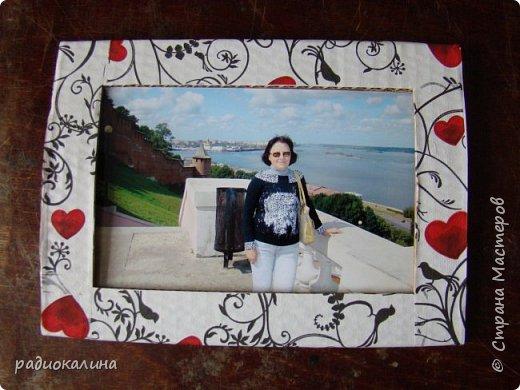 Так случилось, что мне подарили для творчества рамки картонные , хотелось в работе показать как по-разному можно декорировать их в зависимости от сюжета и изображения на фото или картине. Надеюсь, что мне удалось декорировать их неожиданно и оригинально и кому-то мои работы пригодятся в дальнейшем. Фотографий много - запаситесь терпением. Спасибо за внимание! фото 15