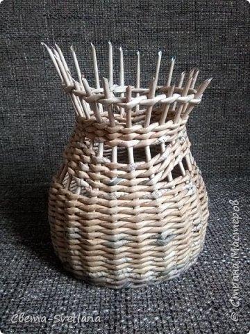 Давно хотела что-нибудь этакое сплести :). Мятая ваза, которую первый зритель обозвал сапожком. Я против!! фото 6