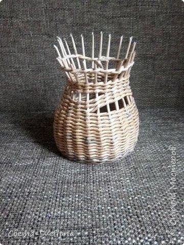 Давно хотела что-нибудь этакое сплести :). Мятая ваза, которую первый зритель обозвал сапожком. Я против!! фото 5