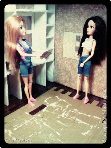 Добрый день всем)) Сегодня я хочу показать Вам процесс создания своего первого румбокса))) Девочки уже готовы переехать в свою комнату, но её ещё нет =O фото 21