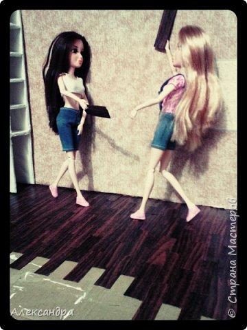 Добрый день всем)) Сегодня я хочу показать Вам процесс создания своего первого румбокса))) Девочки уже готовы переехать в свою комнату, но её ещё нет =O фото 27