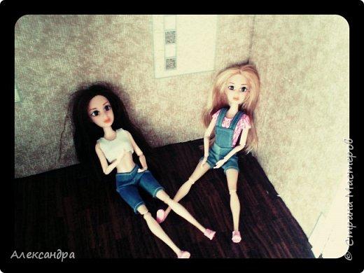 Добрый день всем)) Сегодня я хочу показать Вам процесс создания своего первого румбокса))) Девочки уже готовы переехать в свою комнату, но её ещё нет =O фото 28