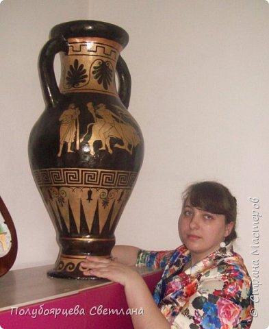 Перед тем как изготовить вазу, я долго думала из чего же мне сделать сосуд, напоминающий древнегреческую амфору, и, остановилась на варианте изготовления вазы из картона в технике папье-маше. Здесь, я пошагово расскажу как я это делала и что получилось в итоге. фото 16