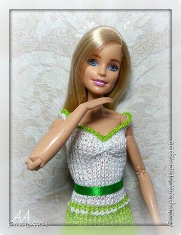 На днях связала вот такое платье для Улы.  Эта девочка такая милая, что светлые, невесомые тона ей очень идут. Моя фея)  Основа платья взята с сайта http://www.kimberly-club.ru/forum/?FID=18&PAGE_NAME=message&TID=6013  фото 1
