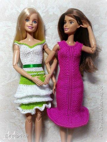 На днях связала вот такое платье для Улы.  Эта девочка такая милая, что светлые, невесомые тона ей очень идут. Моя фея)  Основа платья взята с сайта http://www.kimberly-club.ru/forum/?FID=18&PAGE_NAME=message&TID=6013  фото 5