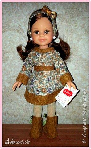 """Совсем недавно (в марте) я узнала о куклах от испанской фирмы Paola Reina, которые """"приятно пахнут ванилью"""", имеют рост 32 см и очень реалистично выглядят. По поводу приятности запаха: я бы поспорила с этим утверждением, но на вкус и цвет, как говорят...  В общем, сначала я отнеслась к этим девочкам очень спокойно и даже равнодушно. Но потом что-то заклинило в моем мозгу и у появилась навящивая мысль: """"Я ее хочу!""""  В итоге, после недельных ожиданий ко мне приехала она - Carol.  Дома назвала я ее Аленушкой. Честно сказать, напомнила эта куколка мне меня же саму в детстве)))  И, собственно, покорила меня своими огромными глазками, пухлыми щечками и густющей шевелюрой. фото 2"""