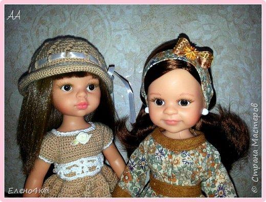"""Совсем недавно (в марте) я узнала о куклах от испанской фирмы Paola Reina, которые """"приятно пахнут ванилью"""", имеют рост 32 см и очень реалистично выглядят. По поводу приятности запаха: я бы поспорила с этим утверждением, но на вкус и цвет, как говорят...  В общем, сначала я отнеслась к этим девочкам очень спокойно и даже равнодушно. Но потом что-то заклинило в моем мозгу и у появилась навящивая мысль: """"Я ее хочу!""""  В итоге, после недельных ожиданий ко мне приехала она - Carol.  Дома назвала я ее Аленушкой. Честно сказать, напомнила эта куколка мне меня же саму в детстве)))  И, собственно, покорила меня своими огромными глазками, пухлыми щечками и густющей шевелюрой. фото 3"""