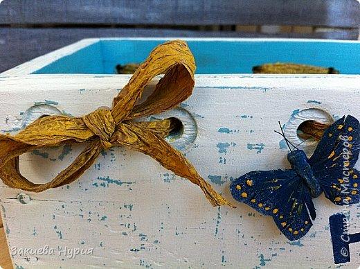 Здравствуй страна! Очередные мои отреставрированные рассадные ящики. Были они страшные валялись на задворках дачи я их реанимировала получилось так: фото 5