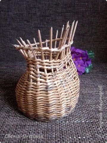 Давно хотела что-нибудь этакое сплести :). Мятая ваза, которую первый зритель обозвал сапожком. Я против!! фото 9