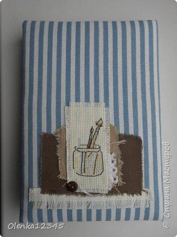Еще одна вышитая совушка  от Инги Пальцер пополнила мою коллекцию. Решила совместить вышивку и скрап, оформив совушку на обложку блокнота. Блокнот тоже делала с нуля сама . На первый раз собой довольна) фото 2