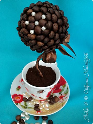 Вот и еще один танцующий цветок...  Бразильский кофе дарит аромат и в танец тянет каждого... фото 2