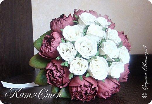 Букет невесты. 12 роз и 9 пионов... фото 1