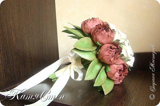 Букет невесты. 12 роз и 9 пионов... фото 2