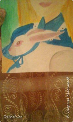 """Здравствуй, Страна! Сегодня у меня опять рисунок. Но на этот раз на конкурс """" Диснеевские персонажи в аниме""""      Хоть аниме я не люблю и им не увлекаюсь этот конкурс меня заинтересовал. В общем это Алиса с белым кроликом, нарисована она гуашью на акварельной бумаге. фото 3"""